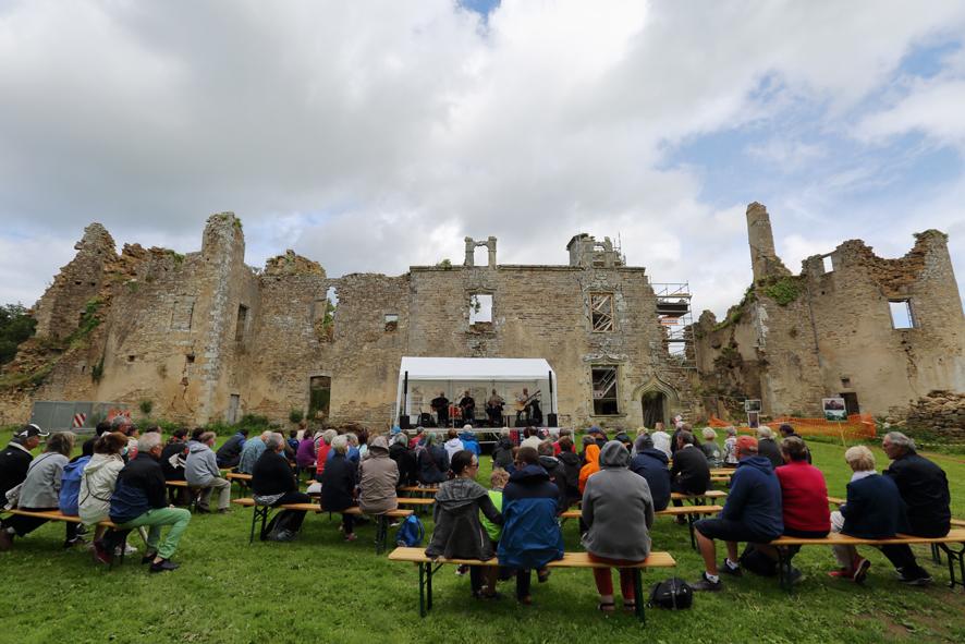 2021 Coetcandec Portes ouvertes aout spectacle Hilenn Quartet
